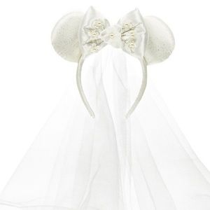 Minnie Mouse Bride Ears Headband